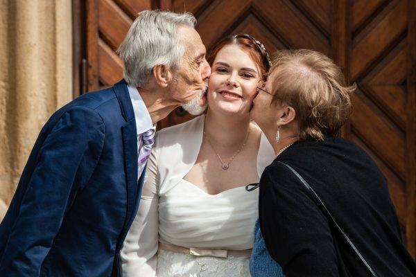 Familienfoto nach der Trauung in Stuttgart